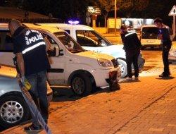 Silahlı saldırıya uğrayan 2 kişi yaralandı
