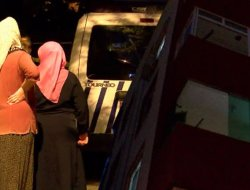 Tartıştılar; kadın düştü, eşi peşinden atladı iddiası