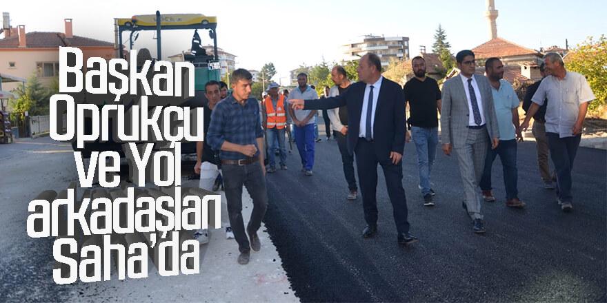 Başkan Oprukçu ve Yol arkadaşları Saha 'da