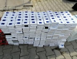 Kamyonette 3 bin 250 paket kaçak sigara ele geçirildi