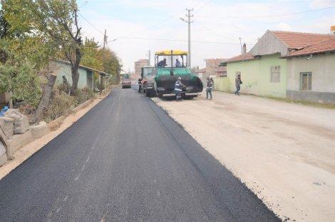 04.11.2019-eregli-belediyesi-sicak-asfaltta-hiz-kesmiyor-5.jpg