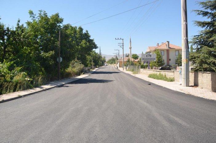 dogu-alagoz-mahallesi-turbe-caddesi-tahtakopru-mevkiinde-sicak-asfalt-calismasi.jpg