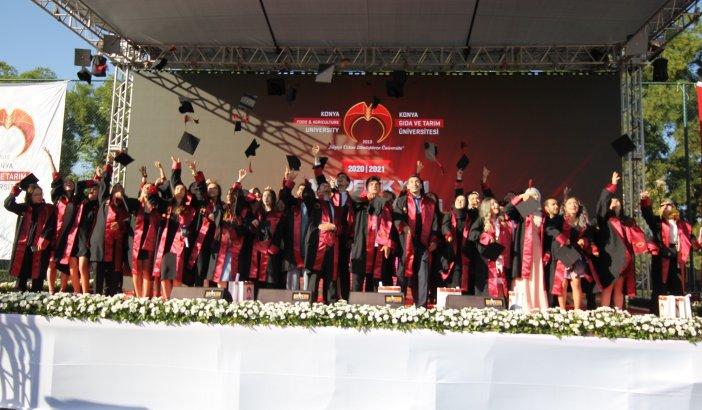 diplomasini-alan-mezunlar-torkuda-hemen-ise-basladi-006.jpg