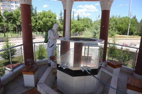 eregli-belediyesi-camileri-dezenfekte-etti-002.JPG