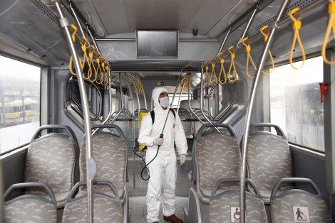 karantinaya-alinan-vatandaslari-tasiyan-otobuslerin-dezenfeksiyonu-yapildikarantinaya-alinan-vatandaslari-tasiyan-otobuslerin-dezenfeksiyonu-yapildi.jpg