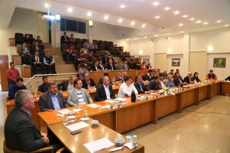 thumbnail_17.10.2019-eregli-belediye-meclisi'nden-baris-pinari-harekati'na-tam-destek-3.jpg