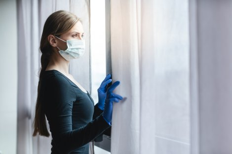 tokalasmiyoruz,-elimizi-daha-uzun-yikiyoruz,-dezenfektanlara-sariliyoruz-003.jpg